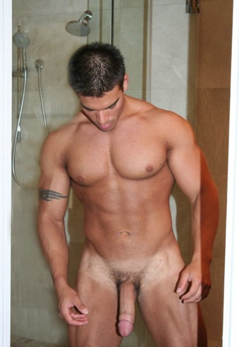 naked man in shower 5starman.com 4