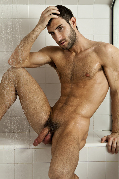 Guys Shower Naked 107