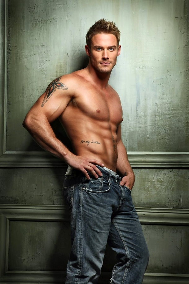 fitness-model-jessie-pavelka-17617